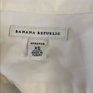 Banana Republic Tops - Banana Republic XS